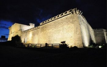 Foto notturna del castel Sant'Angelo